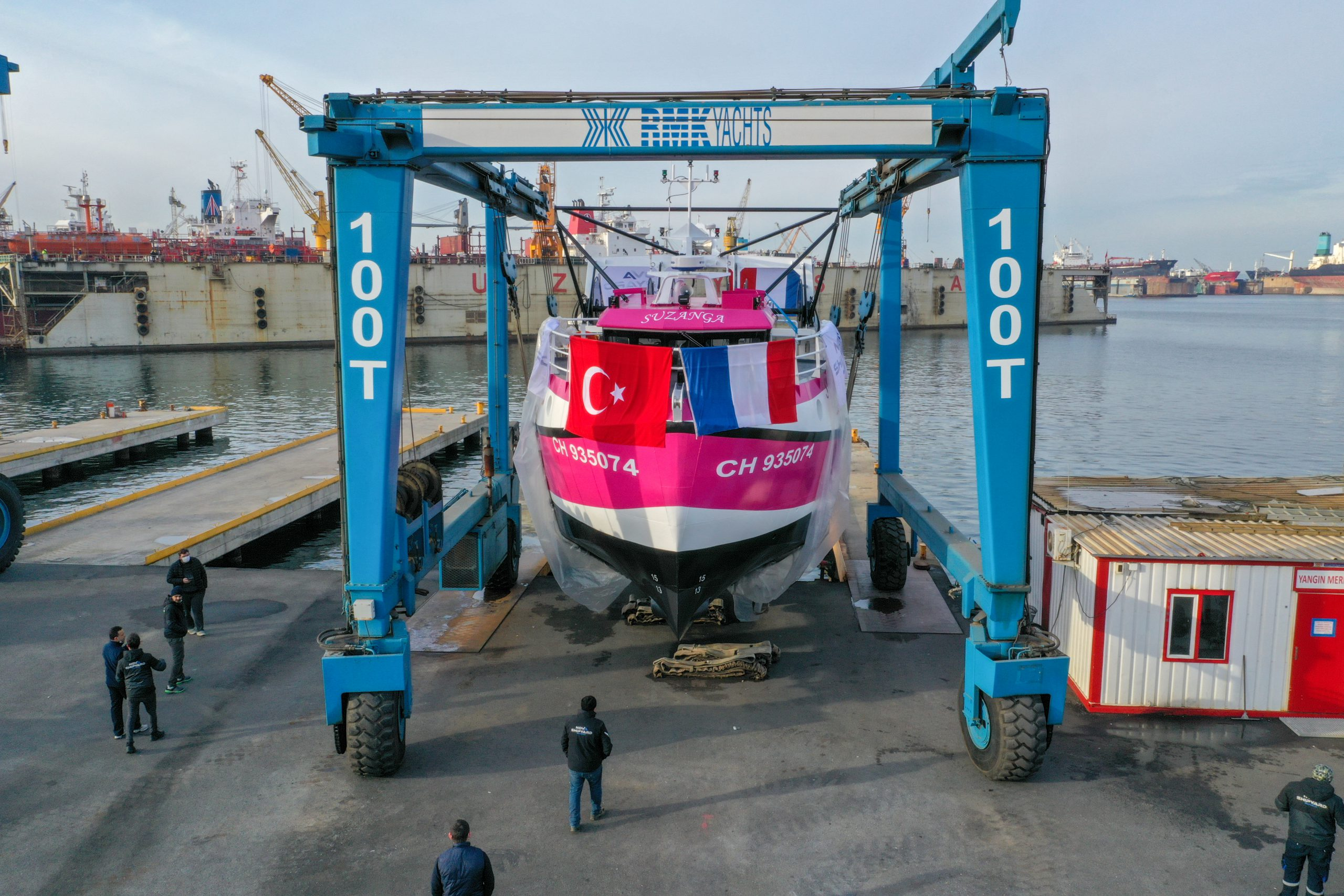Nova FVT120 Fishing Trawler